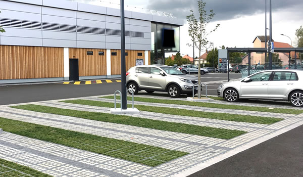 Loi ALUR parking de surfaces commerciales
